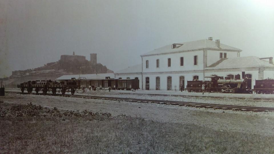 Estación de Ferrocarril de Monforte de Lemos. 1885. Foto de J. Lauren